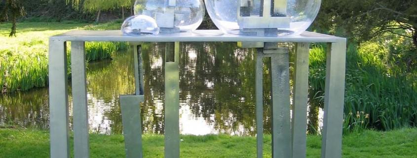 Migrant Forms 2006 Aluminium / Glass 1.6m